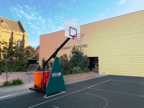 Outdoor oblique angle of 3×3 portable basketball system
